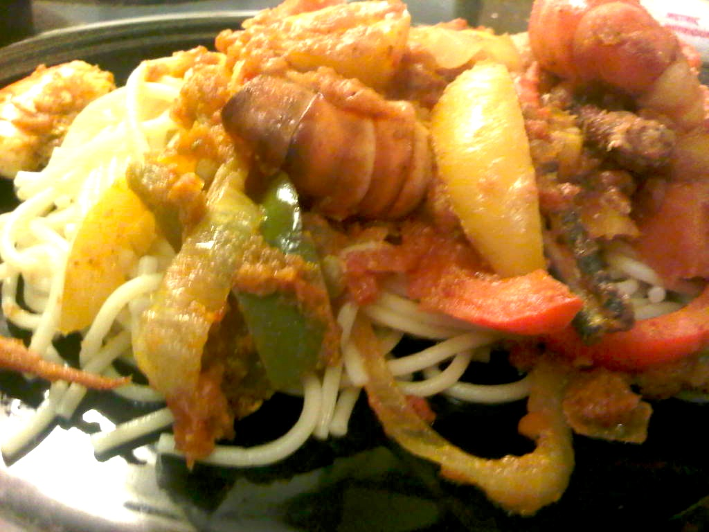 Spaghetti with prawn and beef sauce afrolems nigerian for Prawn and spaghetti recipe